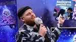 Tom Walker performed a Christmas remix of 'Now You're Gone'