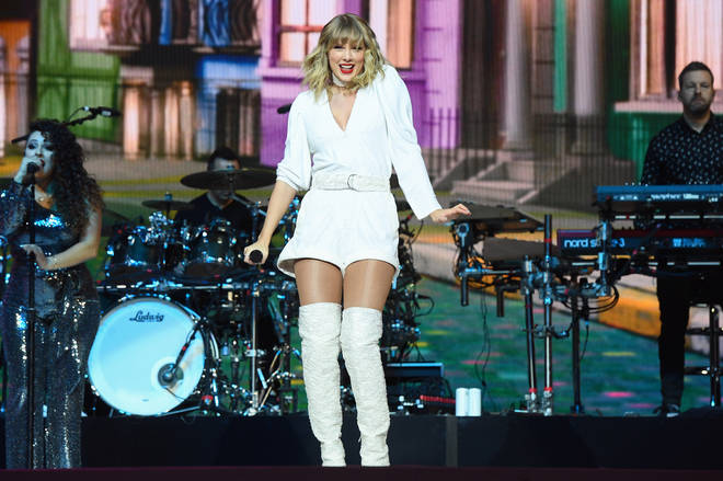 Taylor Swift closed the Jingle Bell Ball with a magical show
