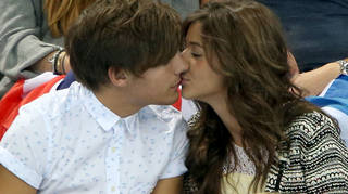 Louis Tomlinson is NOT engaged.