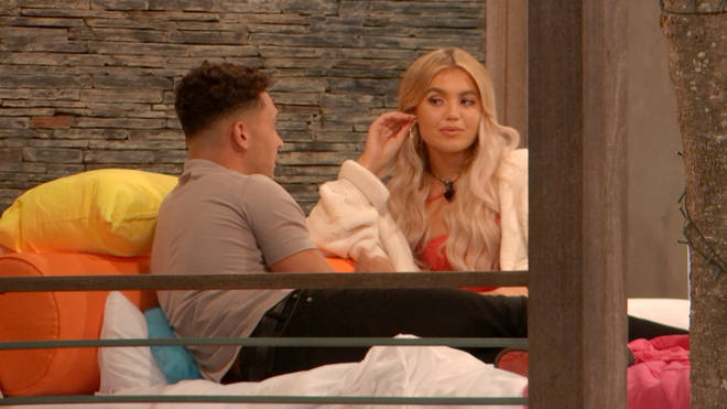Callum Jones has his eye on new girl Molly in a new clip
