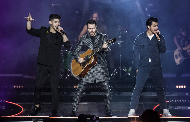 Jonas Brothers performed 'WHAT A MAN GOTTA DO' at the GRAMMYs