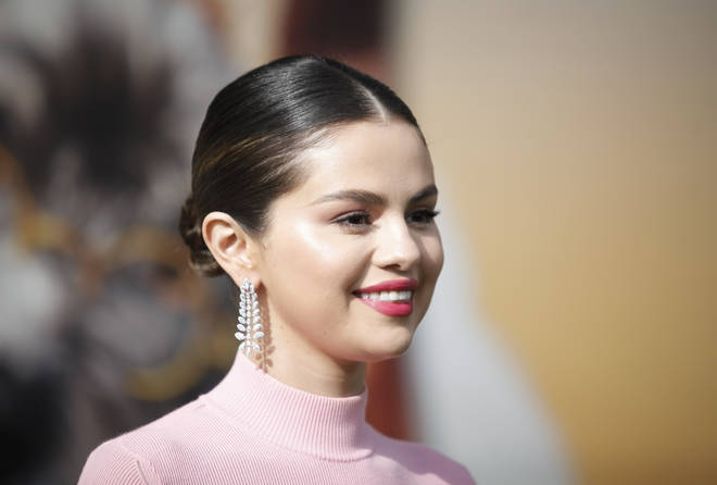 Selena Gomez knows how to work a sleek bun