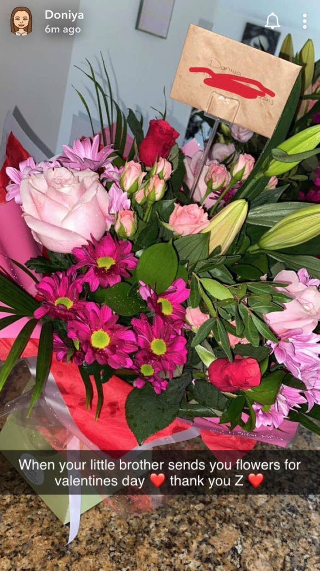 Zayn sent flowers to his sister's on Valentine's Day