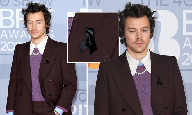 Harry Styles wore a black ribbon at the BRITs