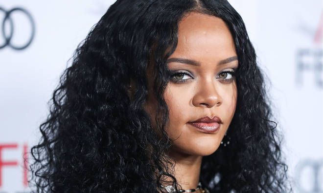 Rihanna is the cover star of Vogue's May 2020 issue.
