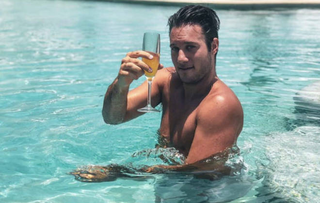 THTH contestant Bryce Hirschberg is one of the many contestants living it up in LA