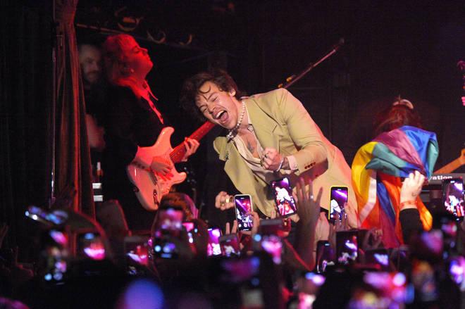 Harry Styles has over 27.4 million fans on Instagram alone