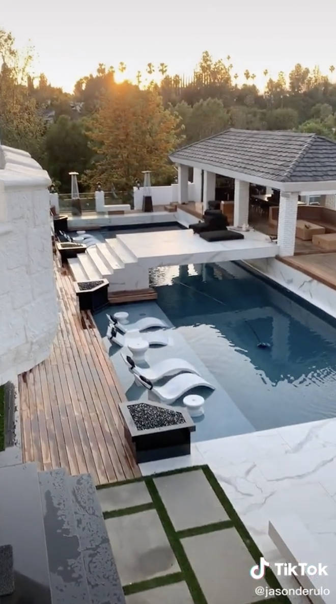 Jason Derulo has a huge pool at his mansion