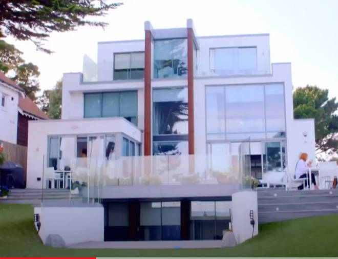 Harry Redknapp and Sandra's seaside mansion features four levels of glass fronted walls