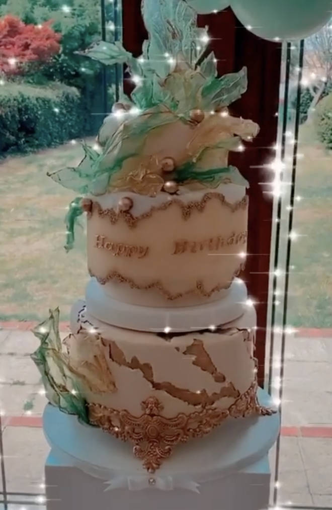 Jesy Nelson had a custom-made cake