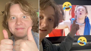 Lewis Capaldi and Niall Horan are close pals.