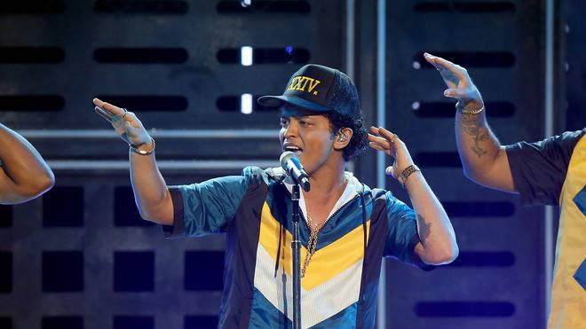 Bruno Mars 2016 American Music Awards