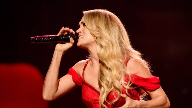 Carrie Underwood 2015 American Music Awards