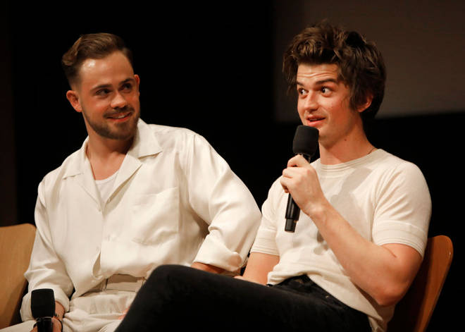 Harry Styles fans are claiming he looks like both Dacre Montgomery and Joe Keery with his new tache