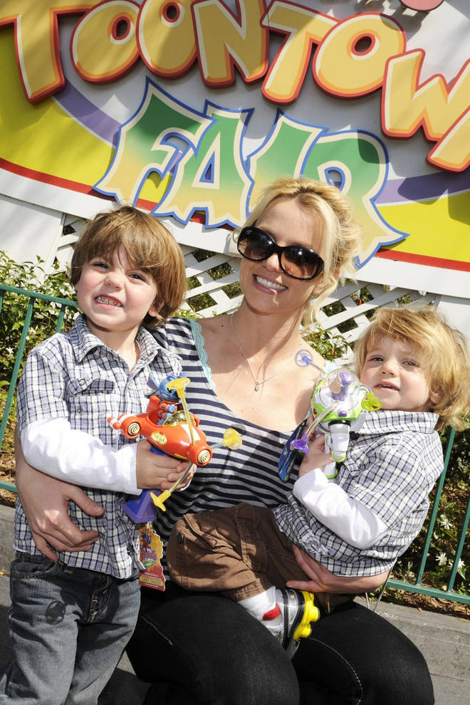 Britney photographed with Sean and Jayden in 2009.