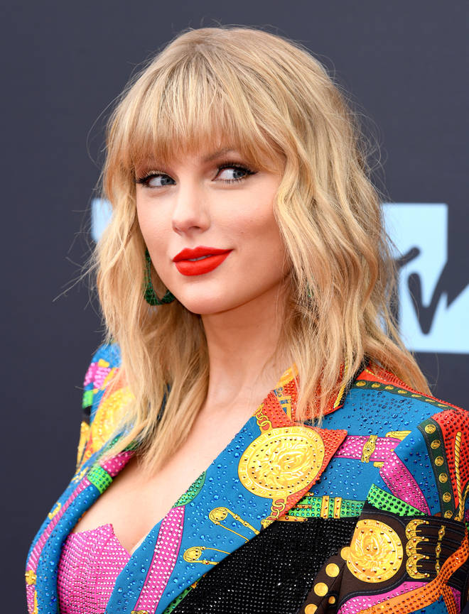 Taylor Swift fans think 'Cardigan' on 'Folklore' could be about Harry Styles.