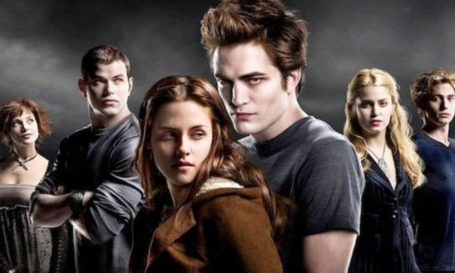 How old were the cast of Twilight when they filmed the movie?