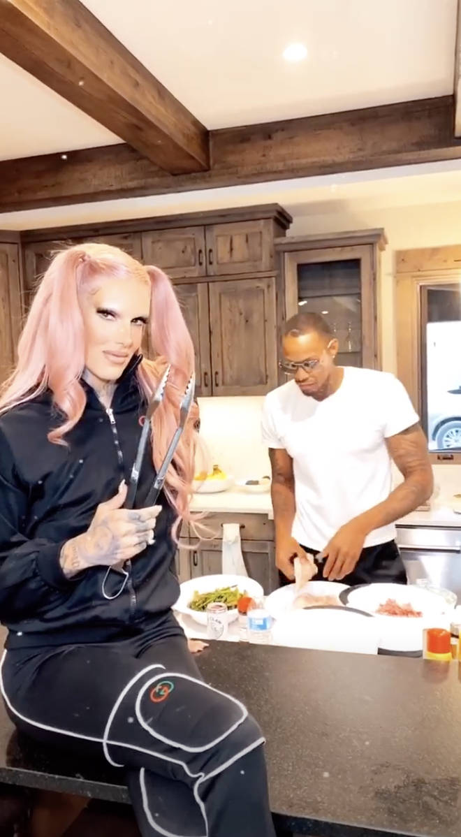 Jeffree Star posted selfies with her new basketball star boyfriend