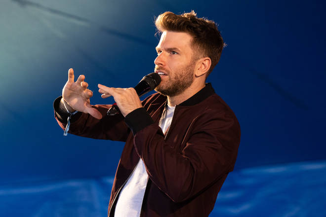 Joel Dommett is trying his hand at Karaoke on ITVs latest show