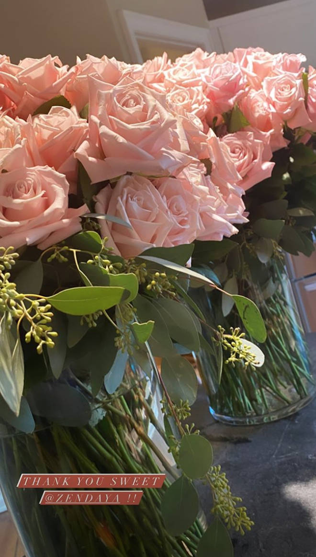 Zendaya sent Gigi Hadid some beautiful flowers