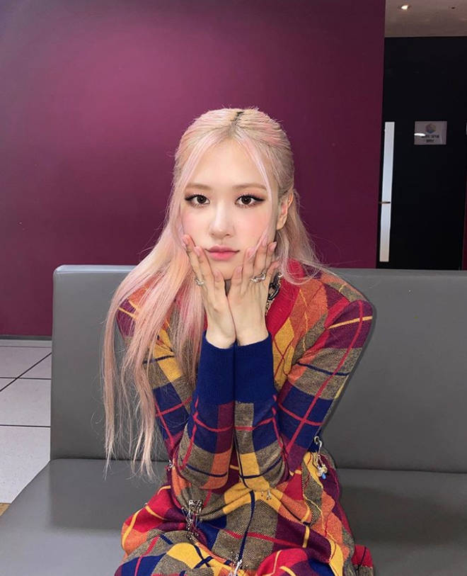 Rosé and Lisa are the younger members of Blackpink