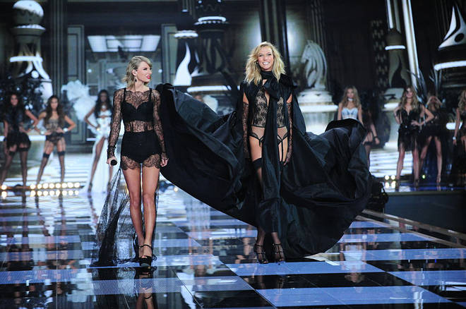 Karlie Kloss and Taylor Swift walked side by side at the Victoria's Secret Show