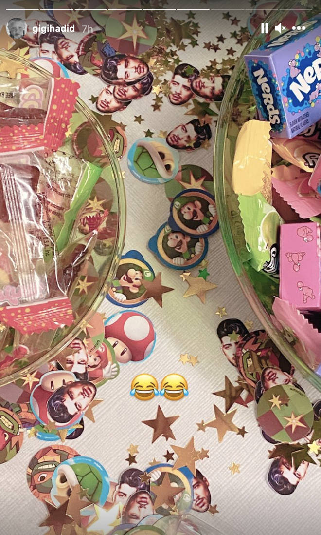 Zayn's face was used as party decorations
