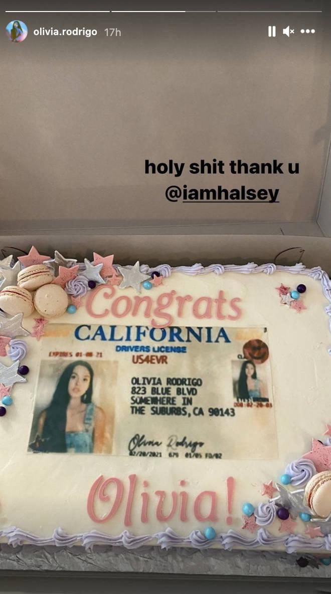 Halsey gifted Olivia Rodrigo a personalised cake