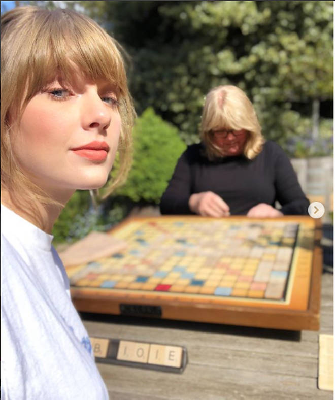 Fans think Taylor Swift is hinting at her new album in this photo.