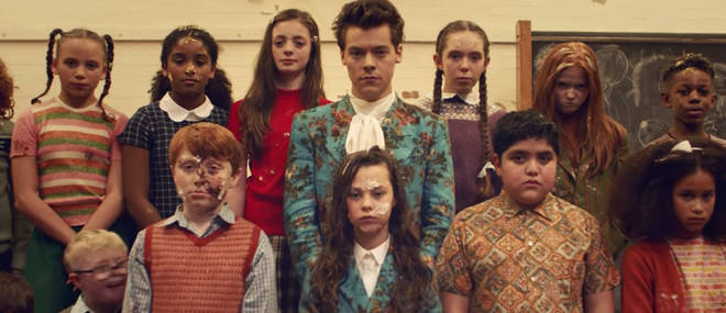 Harry Styles's music video for 'Kiwi'