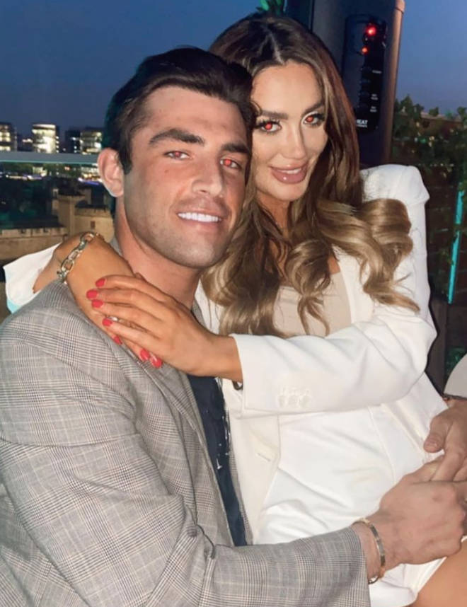 Jack Fincham and Frankie Sims posted this photo to confirm their relationship