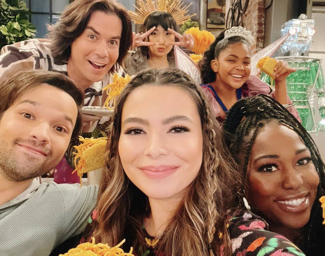 The iCarly reboot will air on June 17