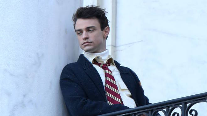 Thomas Doherty plays bad boy Max Wolfe in the reboot