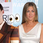 Jennifer Aniston and Harry Styles just had a twinning moment