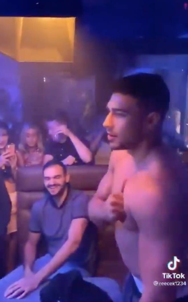 Tommy Fury was seen in a TikTok beating his chest at a club PA