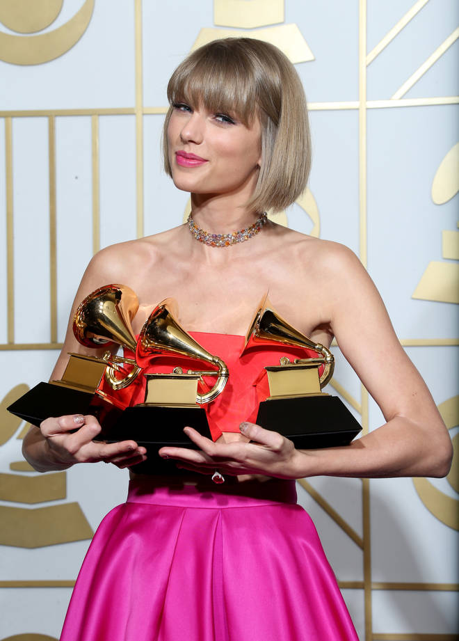 Taylor Swift collected numerous awards for her critically acclaimed '1989' album