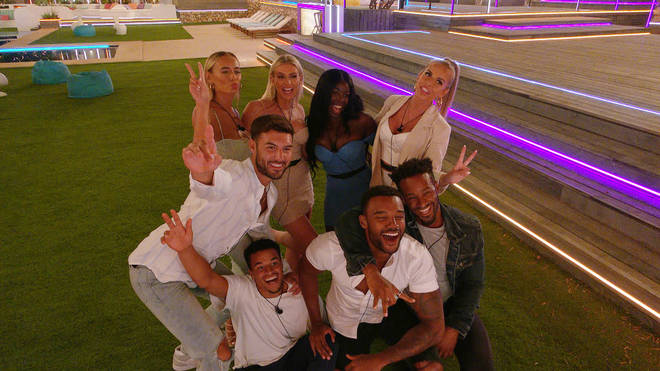 Faye Winter and Teddy Soares came in third place on Love Island 2021