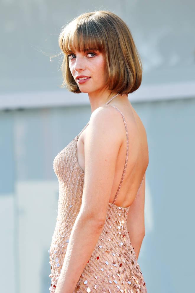 Maya Hawke plays Robin in Stranger Things