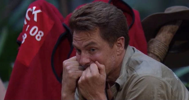 Nick Knowles came up with a genius way to melt the wax off John Barrowman's gilet