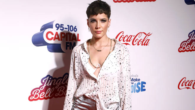 Halsey looked incredible on the JBB red carpet