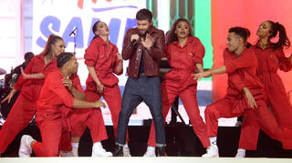 Liam Payne dancing at the Jingle Bell Ball 2018