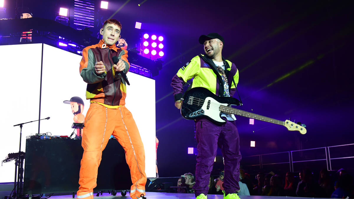 Jax Jones Raved With Olly Alexander Mabel Amp A Flash Mob