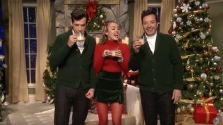 Miley Cyrus sang her own version of 'Santa Baby' with Jimmy Fallon and Mark Ronson