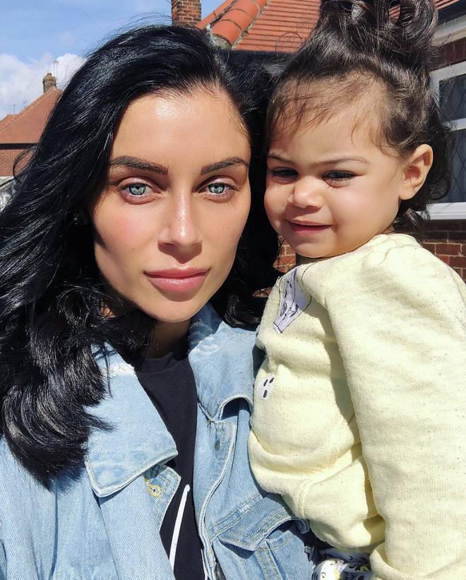 Cally Jane Beech & Luis Morrison's baby daughter Vienna