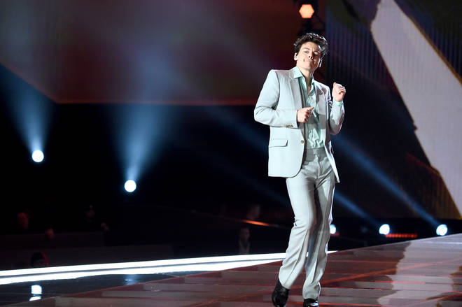 Harry Styles rocked this pastel suit at the 2017 Victoria's Secret show