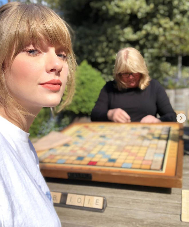 Taylor Swift is queen of the wholesome activitiy
