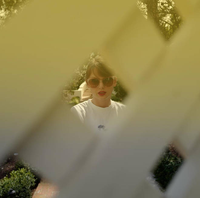 This picture of Taylor Swift had fans convinced her album was five days away from release