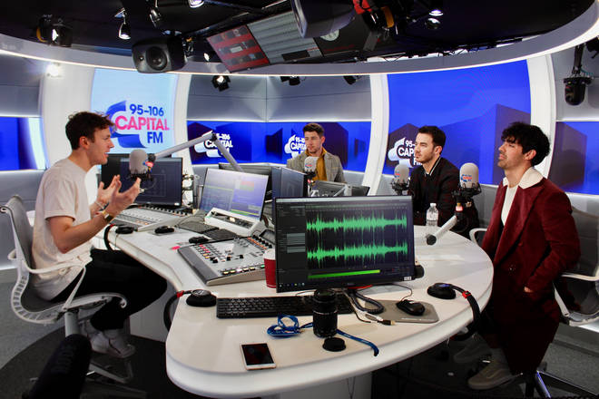Nick, Joe and Kevin's interview with Jimmy Hill as they announce reunion of Jonas Brothers