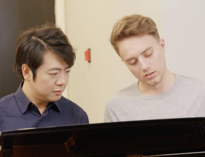 Roman Kemp and Lang Lang play the piano together