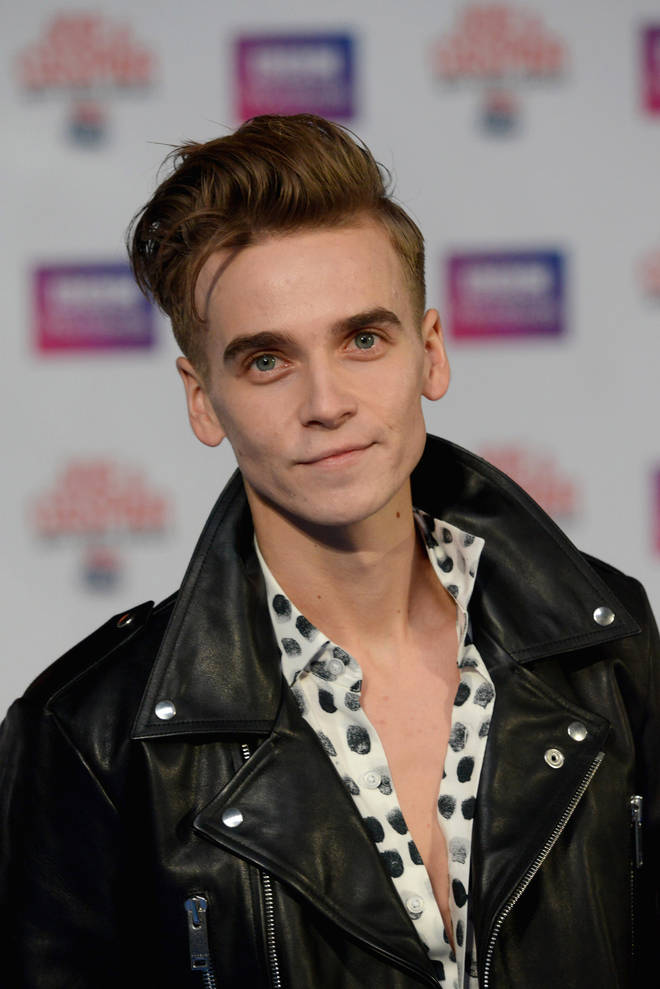 Joe Sugg wins Social Media Superstar.